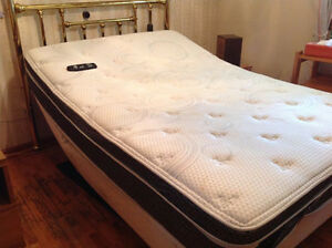 Half Price Electric Double bed for sale Peterborough Peterborough Area image 1