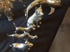 FIGURINES DE CHIENS SOLID BRASS VARIANT DE $20 A $50