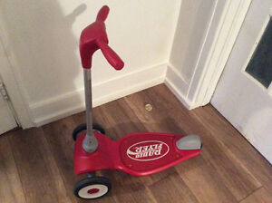 Radio Flyer scooter for toddlers