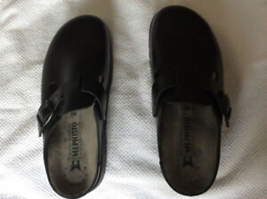 Authentic Mephisto Zaverio Black Leather Clogs-REDUCED!!