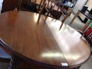 HFHGTA Restore Studio Dinning Table Set