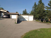 ★★Double garage for rent in NW area, near CTrain station★★