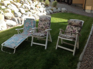 3 Lawn - Patio chairs
