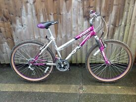 SFX Silverfox Amazon Front suspension ladies mountain bike