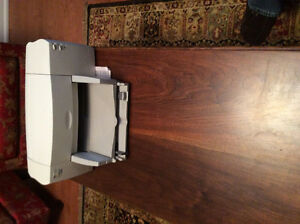 Hewlett Packard Deskjet 812C inkjet printer