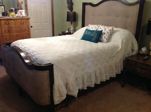 Gorgeous Curved Queen  Fabric Head and Footboard.  REDUCED