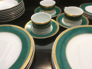 Fine Porcelain Dishes 18KT Gold On White with Green Trim 7 Large