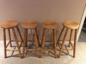 4 SOLID MAPLE BAR STOOLS