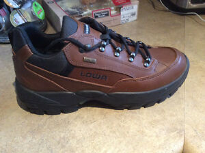 Lowa Renegade GTX Lo Hiking Shoe