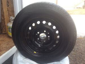 Tires and rims  225/65R16