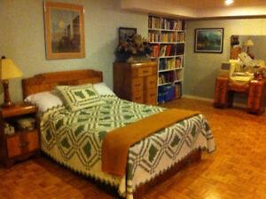 6 piece antique (1950's) bedroom set