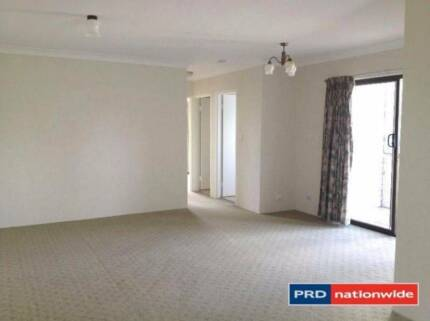 ONE WEEK RENT FREE FOR  A TWO BEDROOM UNIT IN COORPAROO Coorparoo Brisbane South East Preview