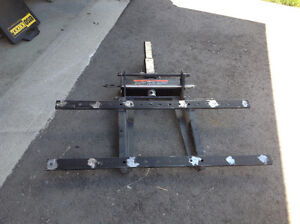 Load receiver system.
