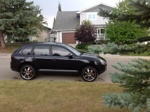 2004 Porsche Cayenne S Awesome shape