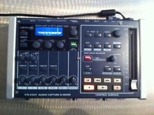 SONAR -V-Studio 100 -Portable Studio 8-in/6-out USB 2.0 Audio In