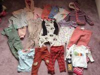 Huge bundle girls clothes size 12-18 months