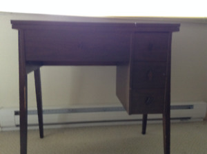 Sewing cabinet
