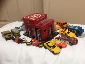 Garage jouet ave 12 petites autos