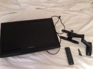 """Dynex 24"""" LCD TV - Full Motion Wall Mount Included - Like New"""