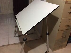 Desk/Drafting Table
