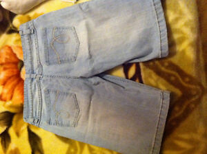 Light Blue Knee Length Shorts Kitchener / Waterloo Kitchener Area image 2