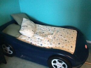 Little tike bed and two double size beds