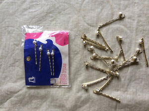 Vintage bobby pins. New with tags plus extra