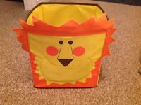 LION TOY BOX