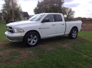 2012 Dodge Ram 1500 Slt Low km, safetied and e.tested