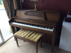 Baldwin Studio Piano with bench & light