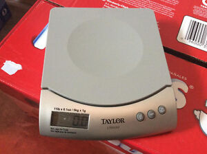 Kitchen scale in very good condition