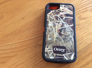 Otter Box, fits iPhone 5s and 6s