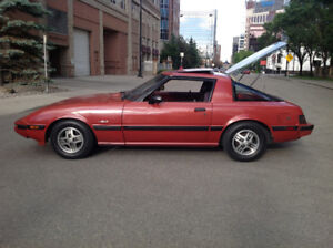 1981 Mazda RX-7 Black Coupe (2 door)