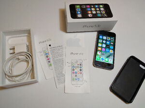 Mint Apple iPhone 5s 16GB Bell/Virgin Space GREY