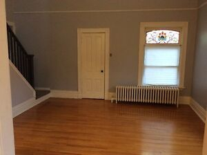 SPACIOUS TWO BEDROOM APT WITH LARGE LOFT IN WORTLEY AVAIL.SEPT 1