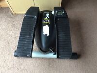 Lateral thigh trimmer exercise machine. £10 ono