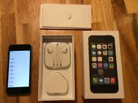 Iphone 5s 16GB Space Gray Unlocked. Great Xmas present!!!