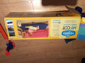 Children's folding bed/cot