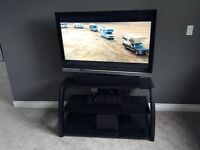 ***SOLD PPU *** Sony 46' TV and Sonax Stand