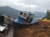 For sale 30 foot fresh water tug 8v71