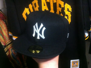 New York Yankees mlb  fitted hat new era size 7 3/4 new