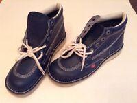 Kickers Men's shoes, Blue UK 9