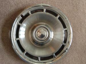 1971 -1973 Chevrolet Camario or Nova hubcap
