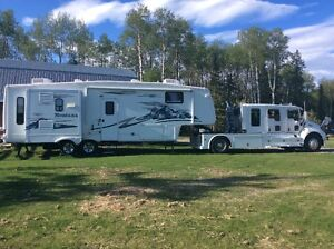 T300 KW Schwalbe Conversion and Montana 5th Wheel