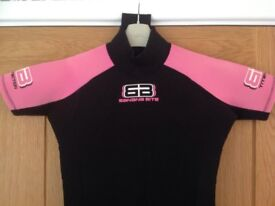 GIRLS SHORTIE THE WETSUIT COMPANY BANANA BITE SIZE 6 AGE 10 11 12 PINK / BLACK