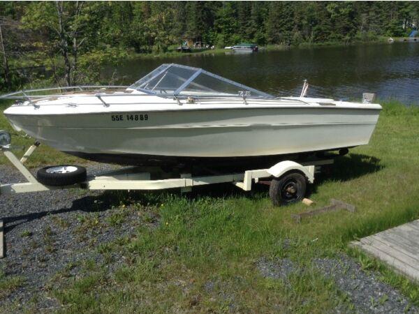 Used 1979 Tempest Marine Boat