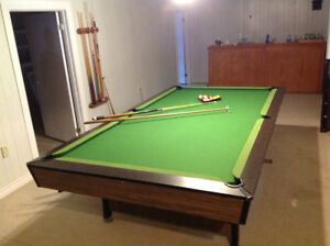 Great pool table and bar