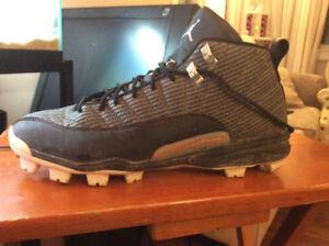 Air Jordan Retro 12 Baseball Cleats.  (Size 12)