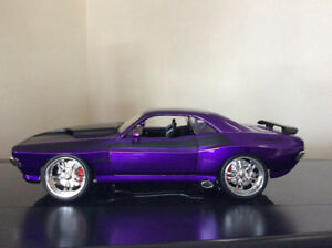 Die cast 1970 Dodge Challenger