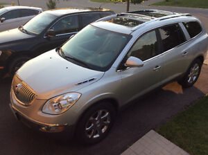 2010 Buick Enclave CXL, Leather, DVD Player, extended warranty